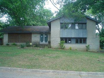 925 NORRIS, Brownsville, TN, 38012,
