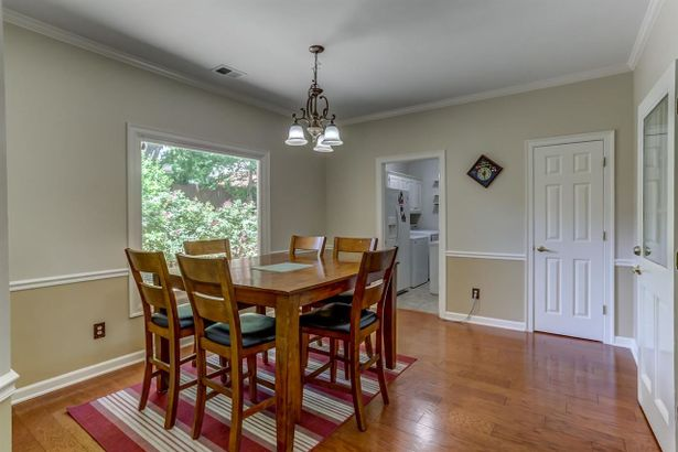 2683 HUNTERS FOREST