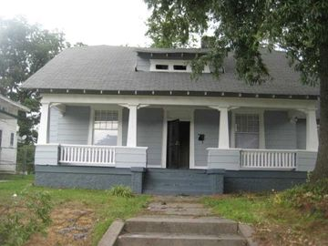 1570 WAVERLY, Memphis, TN, 38106,