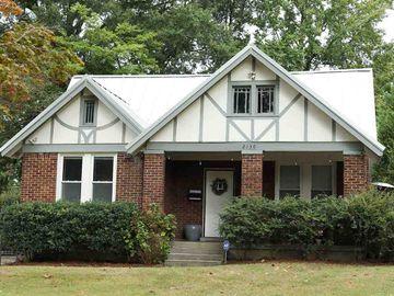 2130 UNIVERSITY, Memphis, TN, 38112,