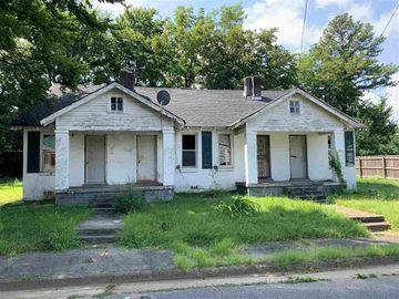 1373 KIMBALL, Memphis, TN, 38106,
