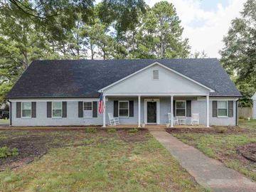 6892 GREAT OAKS, Germantown, TN, 38138,