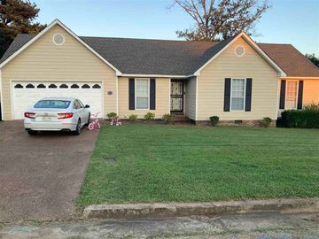 1014 WHITLEY, Covington, TN, 38019,