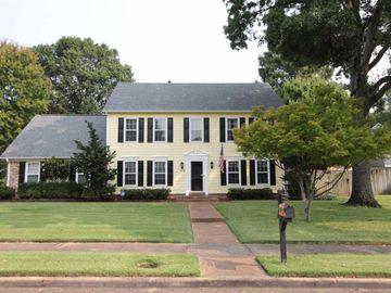 7894 CROSS VILLAGE, Germantown, TN, 38138,