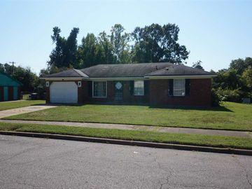 323 SUMMERWOOD, Memphis, TN, 38109,