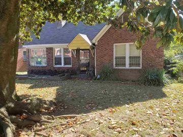 2421 ARLINGTON, Memphis, TN, 38114,