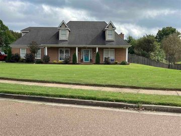 812 PLANTERS RIDGE, Collierville, TN, 38017,
