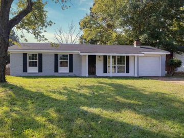 127 PETTITE, Memphis, TN, 38109,