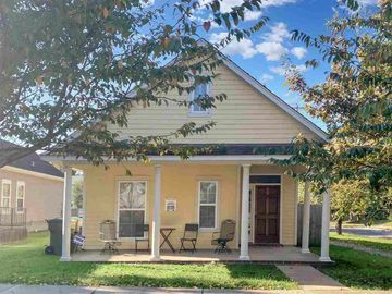 215 LOONEY, Memphis, TN, 38107,