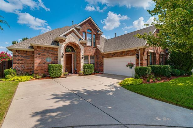 4401 Holly Hock Court