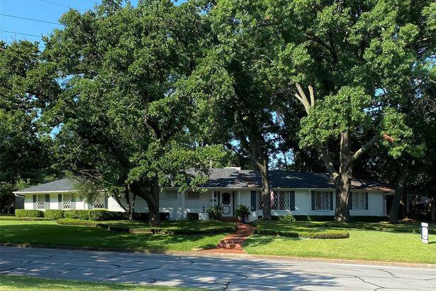 1731 Woods Drive