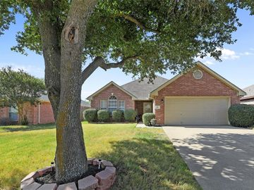 309 Palm Street, Crowley, TX, 76036,