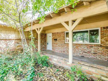 1036 Hurstview Drive, Hurst, TX, 76053,