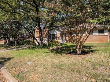 632 Hillview Drive, Hurst, TX, 76054,