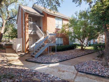 2105 Saint Michaels Drive #205, Arlington, TX, 76011,