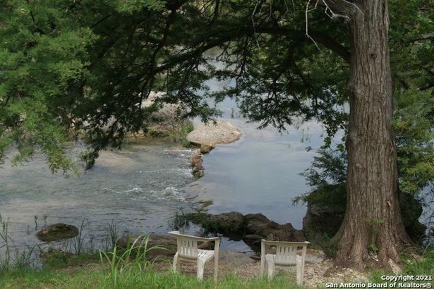104 River Rapids Rd