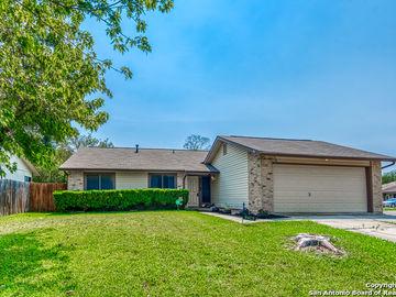 9478 Greens Pt, San Antonio, TX, 78250,