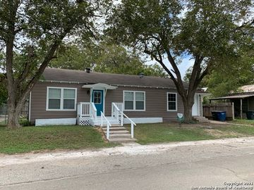130 S CENTRAL AVE, New Braunfels, TX, 78130,