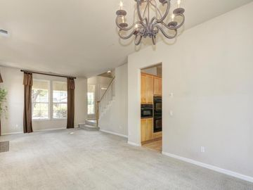 1609 Portola Street, Davis, CA, 95616,
