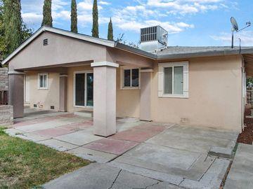207 N College St, Woodland, CA, 95695,