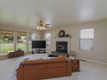 8519 River Oaks Drive, Oakdale, CA, 95361,