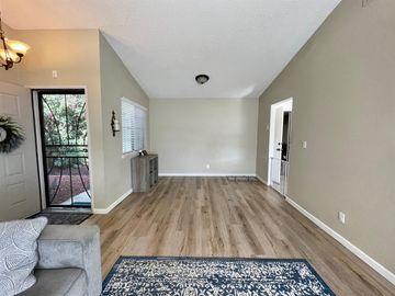 914 Brierglen Way, Sacramento, CA, 95834,
