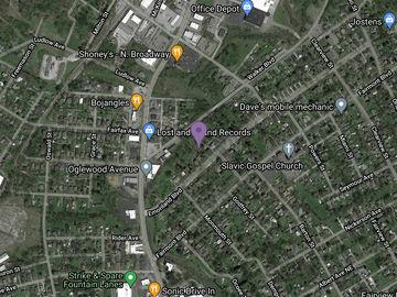 1731 Emoriland Blvd, Knoxville, TN, 37917,