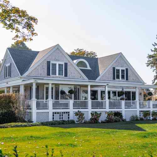 Coastal Farmhouse Style