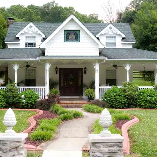 Homes With Front Porches