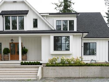 Industrial Farmhouse Style Homes