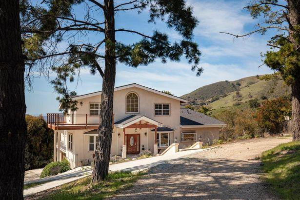380 El Caminito Road