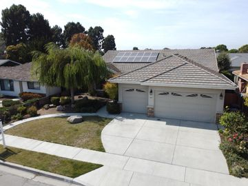 1017 Greenwood Place, Salinas, CA, 93901,
