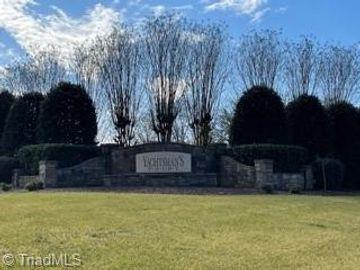 239 Spinnaker Court, Lexington, NC, 27292,