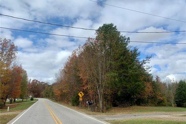 153 Jones Road