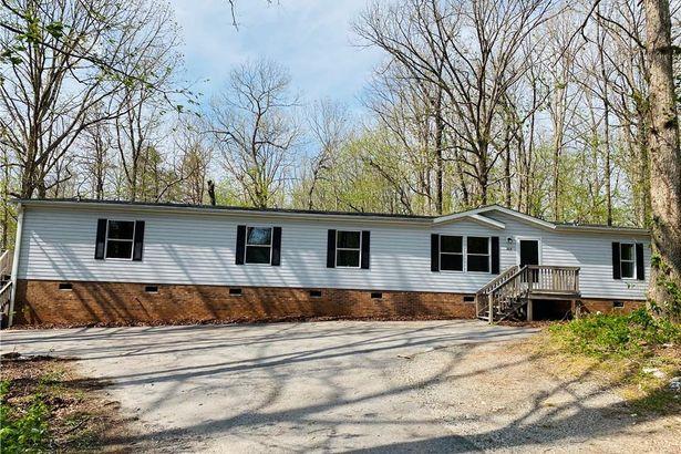 208 Cedar Ridge Road