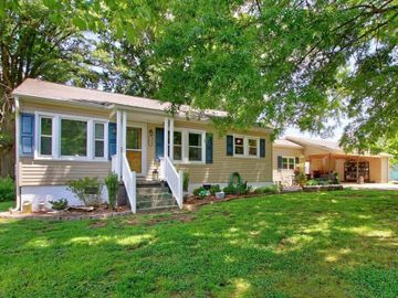 208 W Round Street, Landis, NC, 28088,