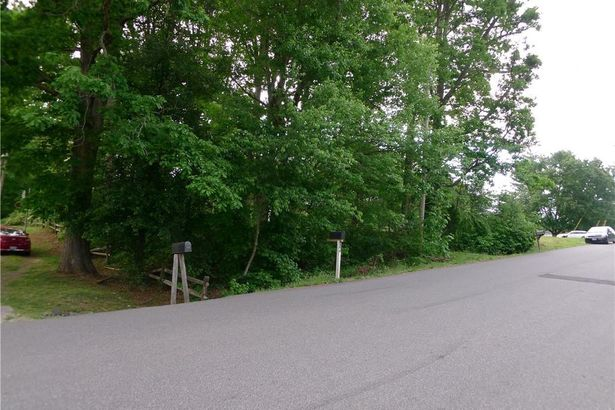 229 Mize Road
