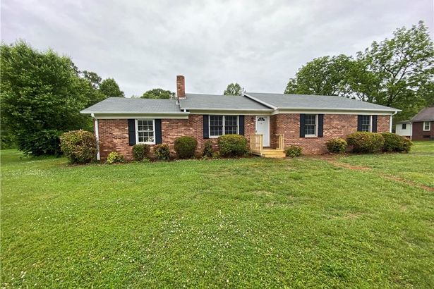 545 Old Hollow Road