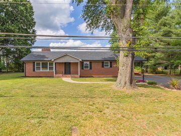 537 E Main Street, Boonville, NC, 27011,