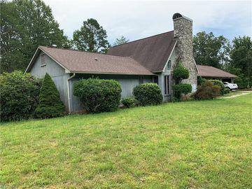 1068 Nathan Lane, Pinnacle, NC, 27043,