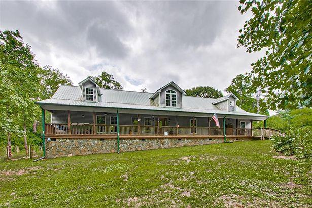 2605 Nelson Farm Road