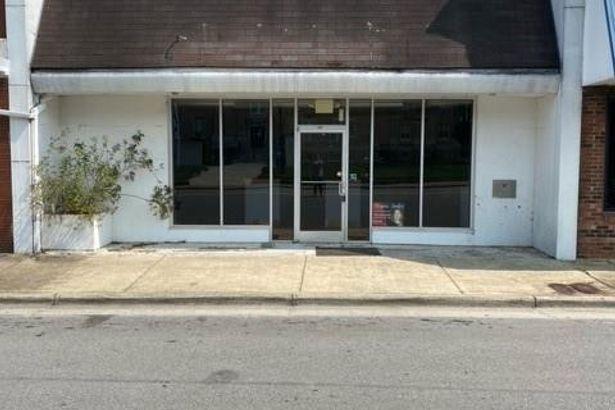 117 W Atkins Street