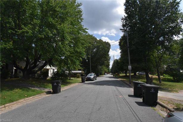 2058 Cannon Avenue