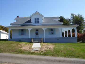 10 Joines Street, Sparta, NC, 28675,