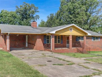 162 Sunflower Road, Reidsville, NC, 27320,