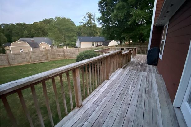 2804 Overview Terrace