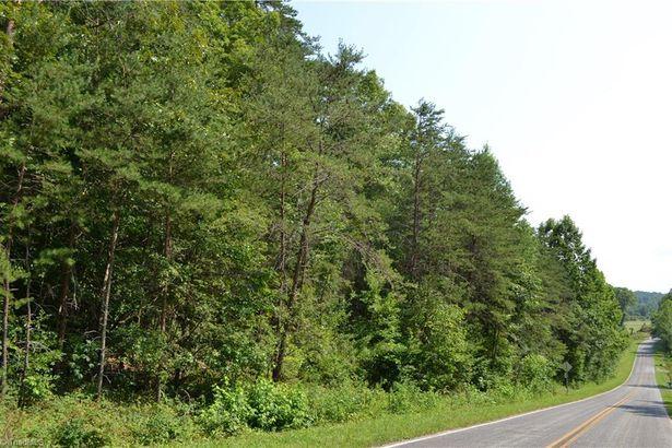 28 Acres, Beaver Creek Road