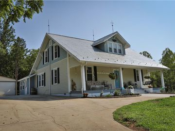 1939 Piney Mountain Road, Walnut Cove, NC, 27052,