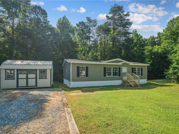 2912 Pheasant Run Road, Haw River, NC, 27258,