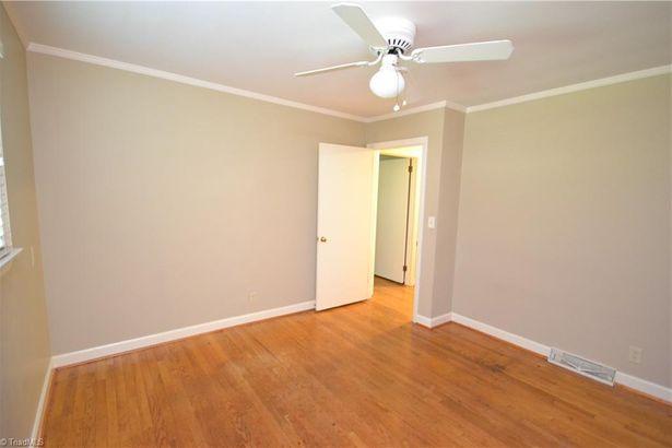 559 Inwood Road